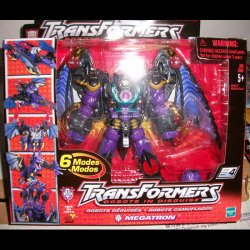 Robots in Disguise R.i.D Megatron Hasbro